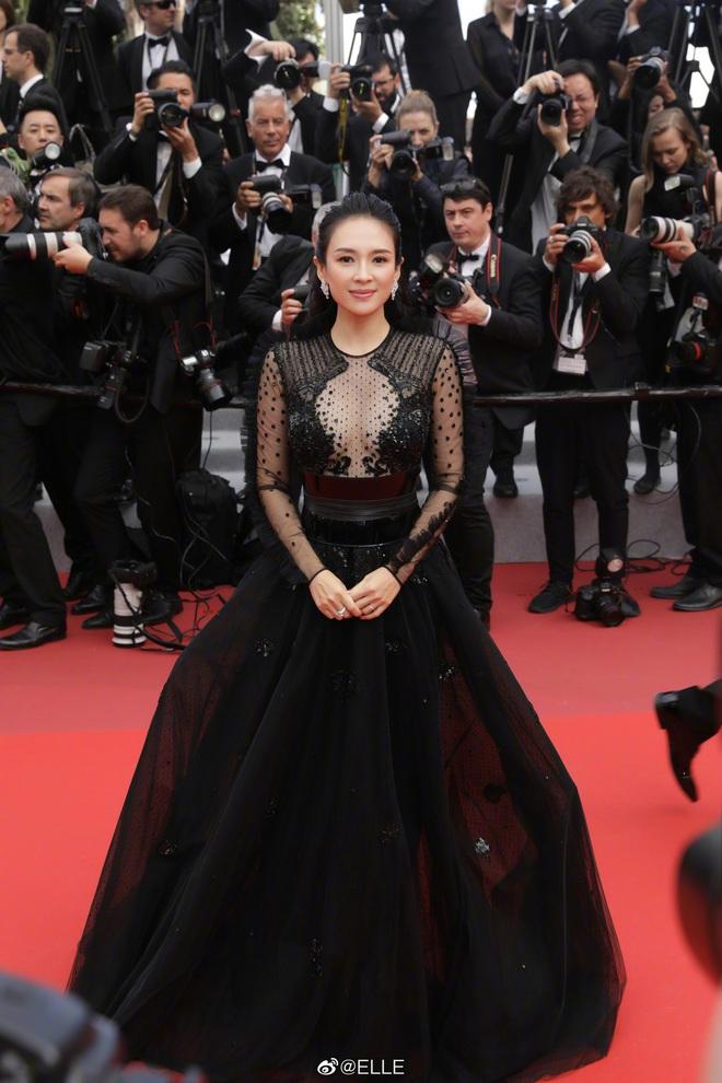 Nữ hoàng thảm đỏ Cbiz 2019: Phạm Gia sa sút phong độ, Triệu Vy ngày một đẳng cấp, Angela Baby và Quan Hiểu Đồng đua đồ Haute Couture - ảnh 14