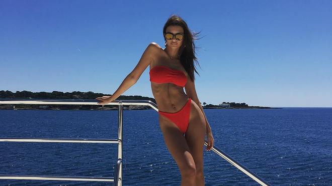 Thời xôi thịt như Kim siêu vòng 3 đã qua, Kendall Jenner đang dẫn đầu dàn mỹ nhân mình dây khuấy đảo Hollywood - Ảnh 26.