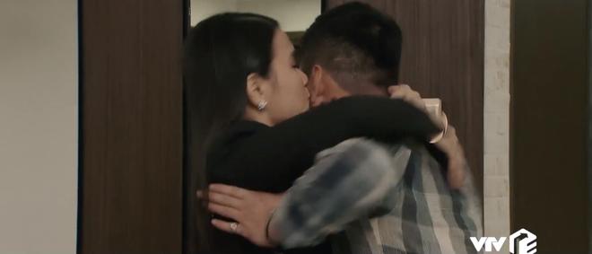 Hội bồ cũ lu xu bu màn ảnh Việt 2019: Nhã Tuesday vẫn thua xa cô Ngân liêm sỉ trong Hoa Hồng Trên Ngực Trái - Ảnh 3.