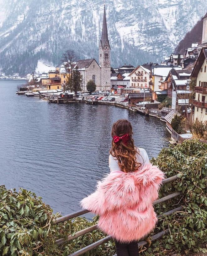 Trước vụ cháy ngày hôm nay, Hallstatt (Áo) được biết đến là thị trấn cổ nghìn năm với những hình ảnh đẹp mê ảo - Ảnh 2.