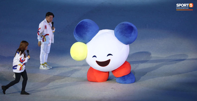 SEA Games 30 chính thức khởi tranh sau buổi lễ khai mạc hoành tráng, đoàn Việt Nam sẵn sàng mang vinh quang về cho dân tộc - Ảnh 15.