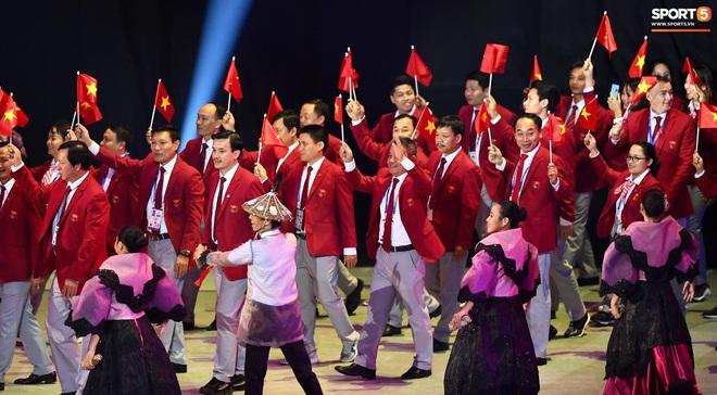 SEA Games 30 chính thức khởi tranh sau buổi lễ khai mạc hoành tráng, đoàn Việt Nam sẵn sàng mang vinh quang về cho dân tộc - Ảnh 9.