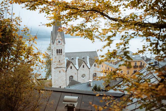 Trước vụ cháy ngày hôm nay, Hallstatt (Áo) được biết đến là thị trấn cổ nghìn năm với những hình ảnh đẹp mê ảo - Ảnh 8.