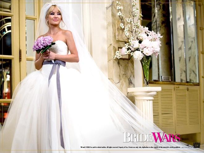 10 cô dâu đẹp nhất trên màn ảnh: Lưu Diệc Phi trong sáng thuần khiết, Jun Ji Hyun kiêu sa sang chảnh - Ảnh 3.