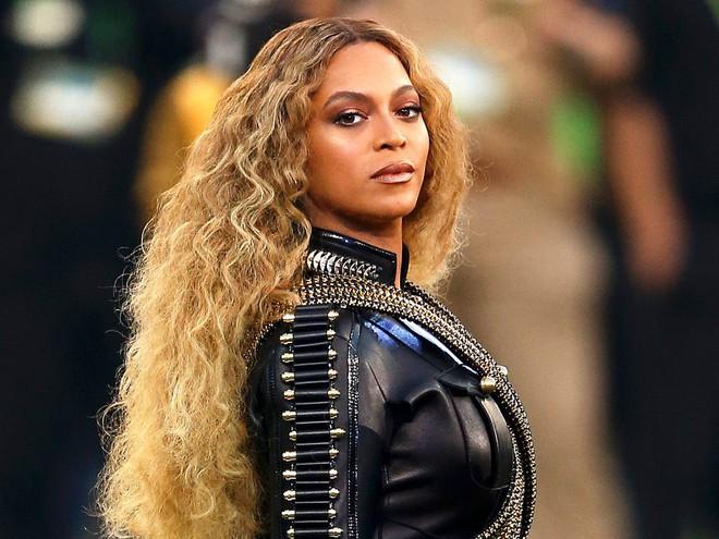 Nếu gọi Britney Spears là nữ hoàng hát nhép thì Beyoncé cũng xin được phép  gọi là bà chúa hát đè - Ảnh 4.