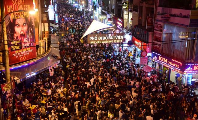 """Ngay giữa lòng Sài Gòn cũng có tới 4 Little Town mang màu sắc của 4 nước khác nhau cực """"chất để đến chơi và chụp hình - Ảnh 1."""
