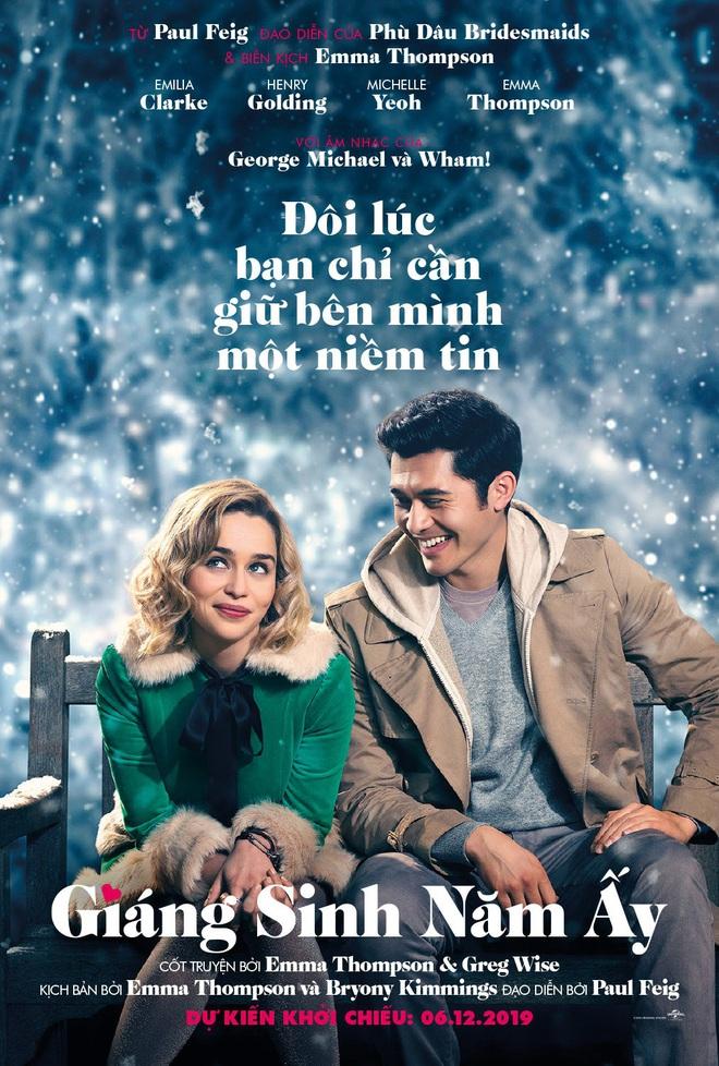 Phim Giáng Sinh 2019: Mẹ rồng cặp kè soái ca gốc Á, Disney tung hàng cạnh tranh Netflix - Ảnh 1.