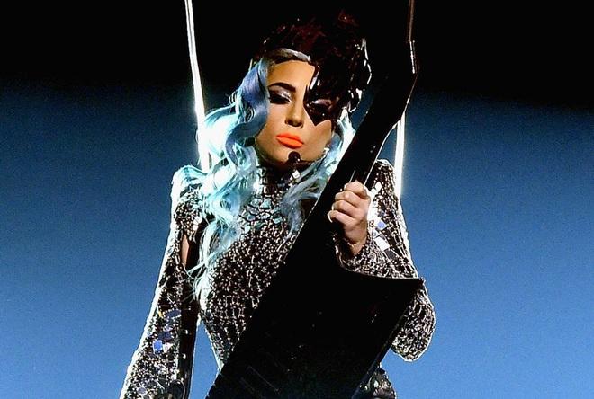 """Lady Gaga đột ngột thông báo hủy show qua story Instagram, fan lo """"sốt vó"""" vì tình trạng sức khỏe của cô ngày càng trở nên đáng báo động - Ảnh 3."""