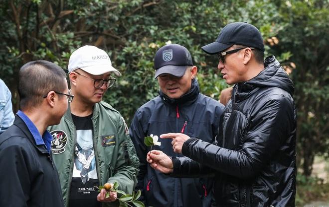 Bị chê bai hết thời, Nhĩ Khang Châu Kiệt gây choáng khi trở thành nông dân với gia sản hàng ngàn tỷ đồng  - Ảnh 3.