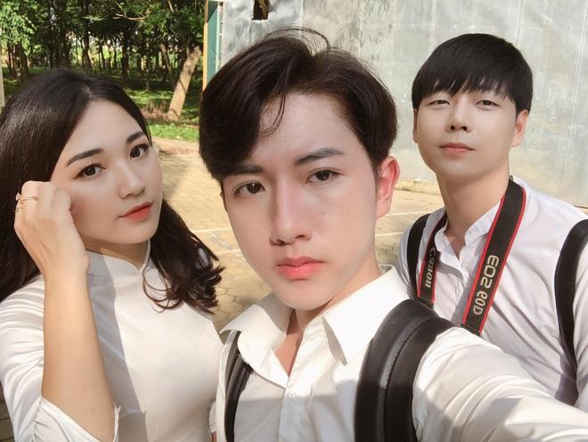 Nữ giảng viên xinh đẹp được ví như bản sao  của Hòa Minzy, đến bố mẹ cũng nhầm ảnh ca sĩ là con mình - Ảnh 3.