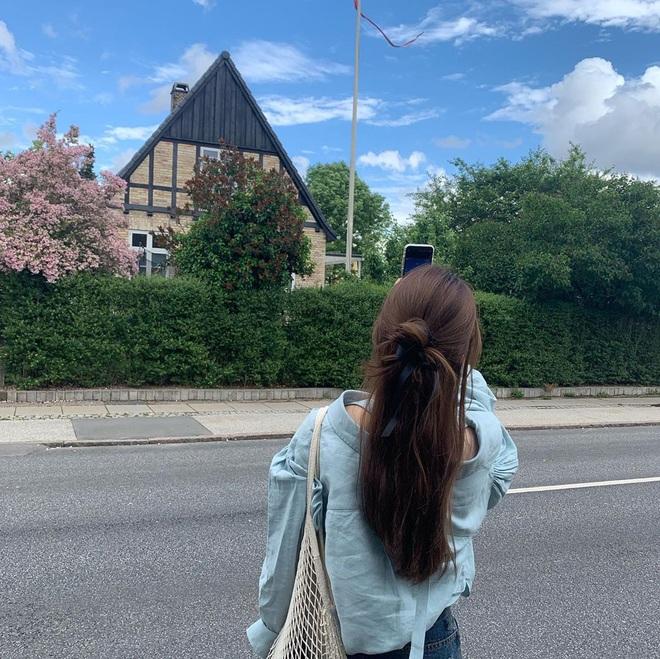 """Học Suzy lên đồ chuẩn """"girl điệu đà"""": Dạo phố xinh ngời ngời, đến công sở toả sáng hết phần đồng nghiệp - ảnh 9"""