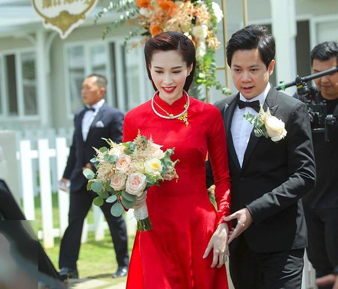 Trước giờ G, nhìn lại hôn lễ của dàn sao Việt đình đám xem Đông Nhi - Ông Cao Thắng có gì đặc biệt? - ảnh 23