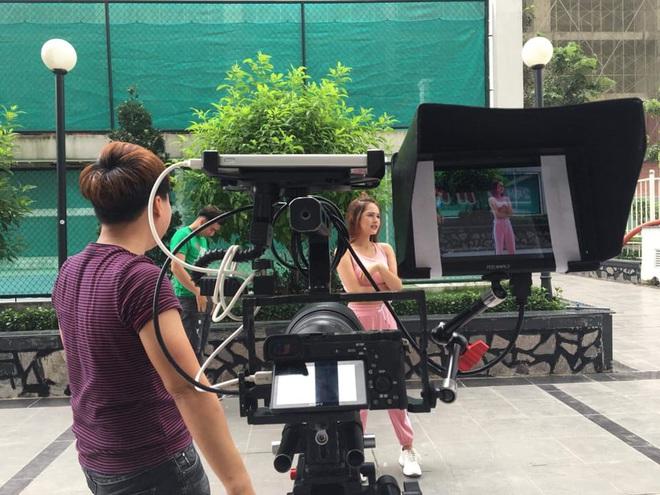 Chị dâu 10x của Diệp Lâm Anh: Nhan sắc xinh như hot girl, là gương mặt quen thuộc trong các MV ca nhạc, phim sitcom - Ảnh 8.