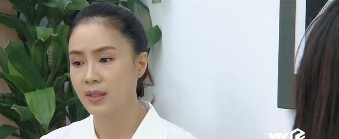 Vô lí nhất Hoa Hồng Trên Ngực Trái phải là bà Dung, đẩy người ta tan cửa nát nhà rồi cao thượng cứu vớt? - ảnh 6