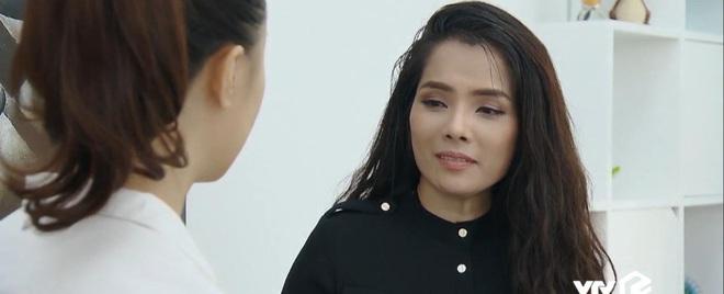 Vô lí nhất Hoa Hồng Trên Ngực Trái phải là bà Dung, đẩy người ta tan cửa nát nhà rồi cao thượng cứu vớt? - ảnh 5