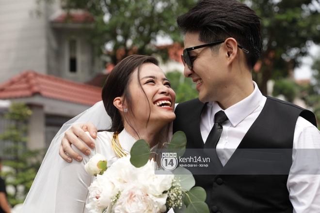 Nhìn hình Đông Nhi rút ra chân lý: Cô dâu cứ trang điểm nhẹ nhàng, tóc tai đơn giản là đã đẹp lụi tim - ảnh 9
