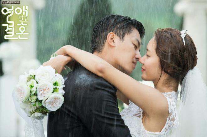 Cười rụng nụ với những đám cưới có 1-0-2 trên phim Hàn: Chị dâu xấu tính bị hội em chồng dằn mặt cướp sạch spotlight! - Ảnh 9.