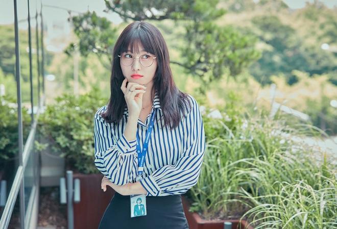 10 nữ idol Kpop hot nhất trong mắt quân nhân: TWICE quá bá đạo, bất ngờ thứ hạng của BLACKPINK so với Red Velvet - Ảnh 10.