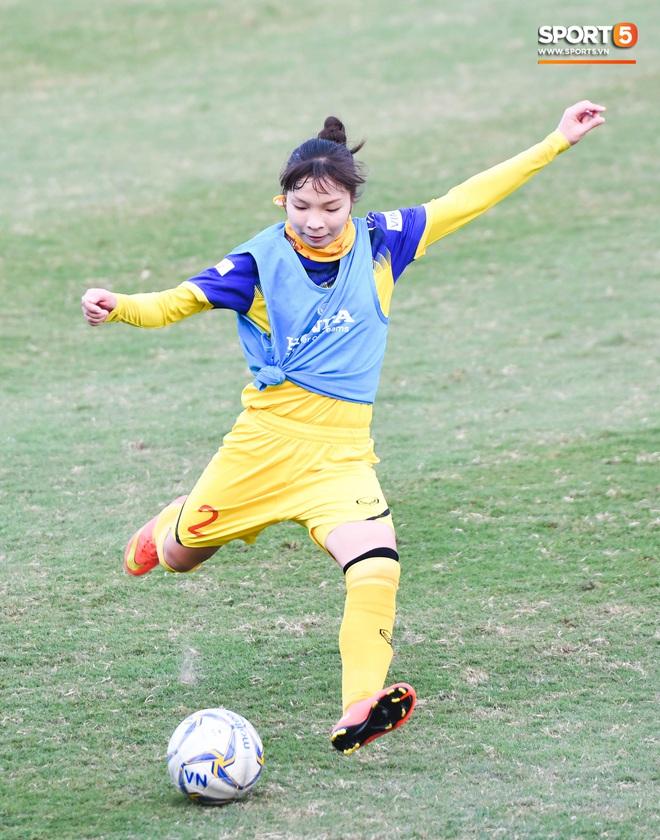 HLV Mai Đức Chung: Tuyển nữ Việt Nam sẽ gặp nhiều khó khăn tại SEA Games - ảnh 12
