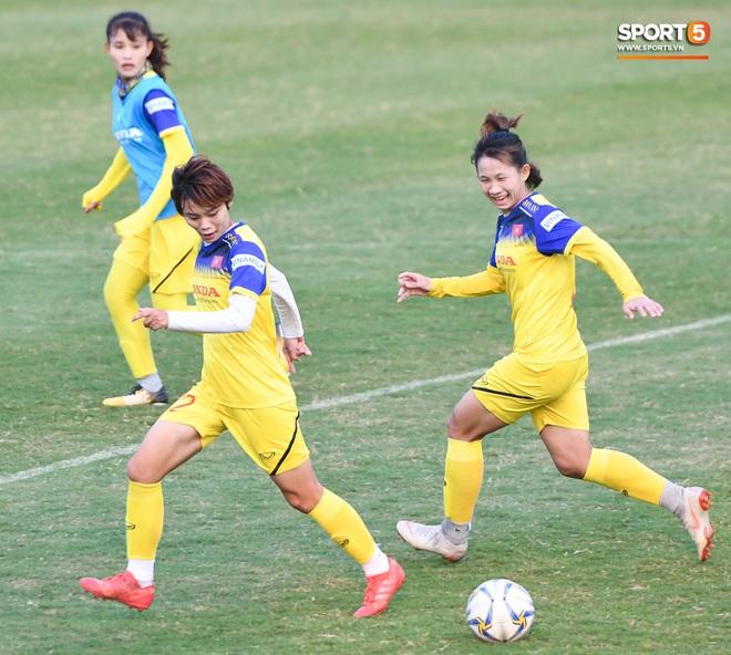 HLV Mai Đức Chung: Tuyển nữ Việt Nam sẽ gặp nhiều khó khăn tại SEA Games - ảnh 9