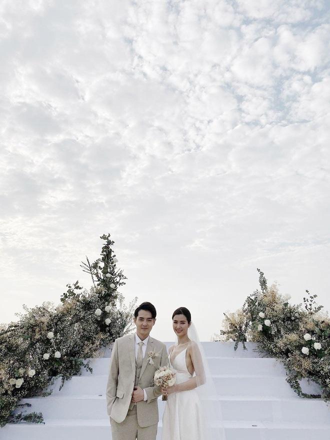 Ngay lúc này: Cả resort vắng tanh trong lúc lễ cưới Đông Nhi - Ông Cao Thắng chính thức cử hành - ảnh 4