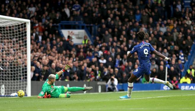 Đội trưởng Mỹ Pulisic bùng nổ, Chelsea tiếp tục bay cao tại giải Ngoại hạng Anh - ảnh 1