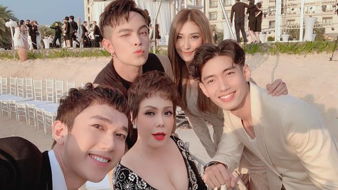 Cập nhật: 200 sao Việt xúng xính váy áo dự đám cưới đẹp như mơ của Đông Nhi - Ông Cao Thắng - ảnh 6