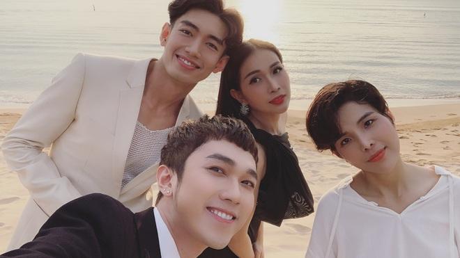 Cập nhật: 200 sao Việt xúng xính váy áo dự đám cưới đẹp như mơ của Đông Nhi - Ông Cao Thắng - ảnh 7