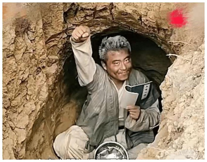 Say mê kiếm hiệp Kim Dung, chàng trai quyết tâm bỏ nhà lên núi tu luyện võ công để trở thành thiên hạ vô địch - ảnh 3