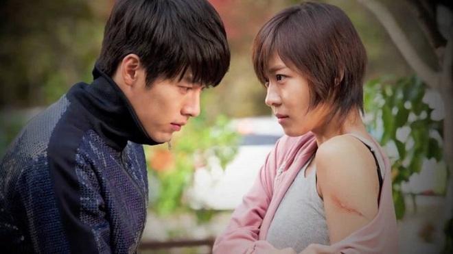 8 phim nhất định phải xem nếu trót mê Hoàng Hậu Ki Ha Ji Won: Từ đả nữ đến gái ngành chị đại không ngán vai nào! - ảnh 19