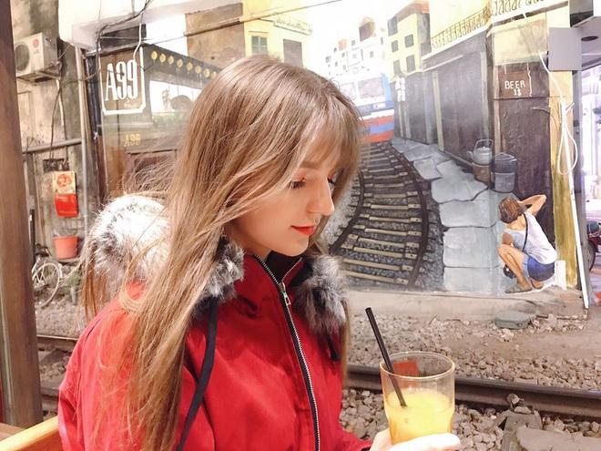 Info nữ DJ nóng bỏng vượt khó dùng google dịch tiếp cận Đoàn Văn Hậu, thính đậm đà thế này bạn gái lại lo rồi đây! - ảnh 7