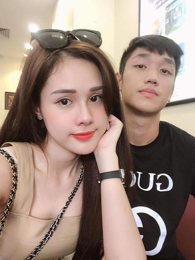 Dàn bạn gái cầu thủ Việt: Toàn con nhà trâm anh thế phiệt, xinh đẹp hơn người lại còn sở hữu học vấn siêu đỉnh - ảnh 26