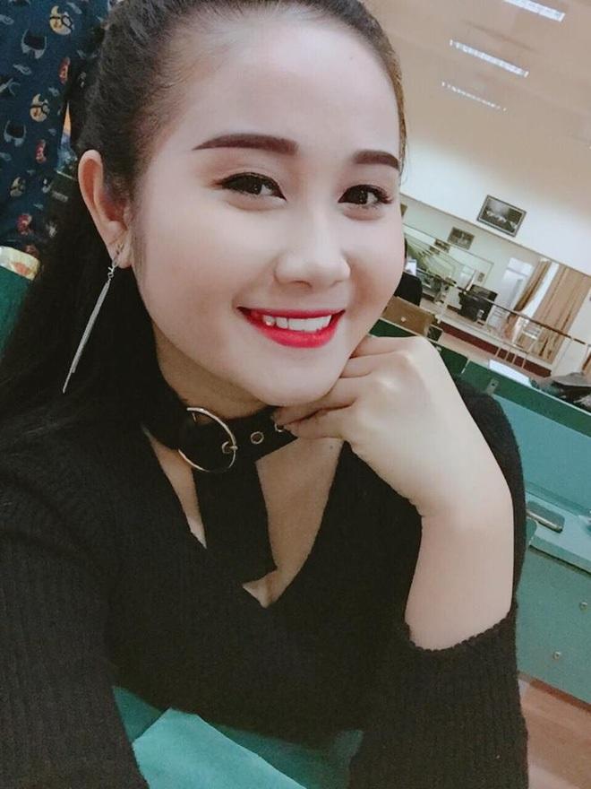 Dàn bạn gái cầu thủ Việt: Toàn con nhà trâm anh thế phiệt, xinh đẹp hơn người lại còn sở hữu học vấn siêu đỉnh - ảnh 8