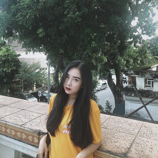Dàn bạn gái cầu thủ Việt: Toàn con nhà trâm anh thế phiệt, xinh đẹp hơn người lại còn sở hữu học vấn siêu đỉnh - ảnh 16