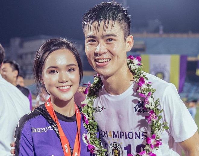 Dàn bạn gái cầu thủ Việt: Toàn con nhà trâm anh thế phiệt, xinh đẹp hơn người lại còn sở hữu học vấn siêu đỉnh - ảnh 12