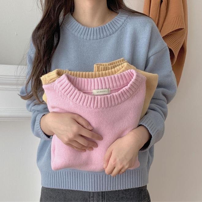 Hà Nội đỡ lạnh rồi, bạn hãy tạm cất đống áo đại hàn để áp dụng 4 gợi ý lên đồ nhẹ nhàng tình cảm mà xinh hết nấc sau đây - ảnh 2
