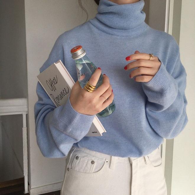 Hà Nội đỡ lạnh rồi, bạn hãy tạm cất đống áo đại hàn để áp dụng 4 gợi ý lên đồ nhẹ nhàng tình cảm mà xinh hết nấc sau đây - ảnh 5