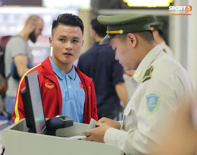 Đình Trọng, Trọng Đại thần thái ngày hội quân, U22 Việt Nam mang nguyên dàn trai đẹp sang Hàn Quốc tập huấn - Ảnh 13.