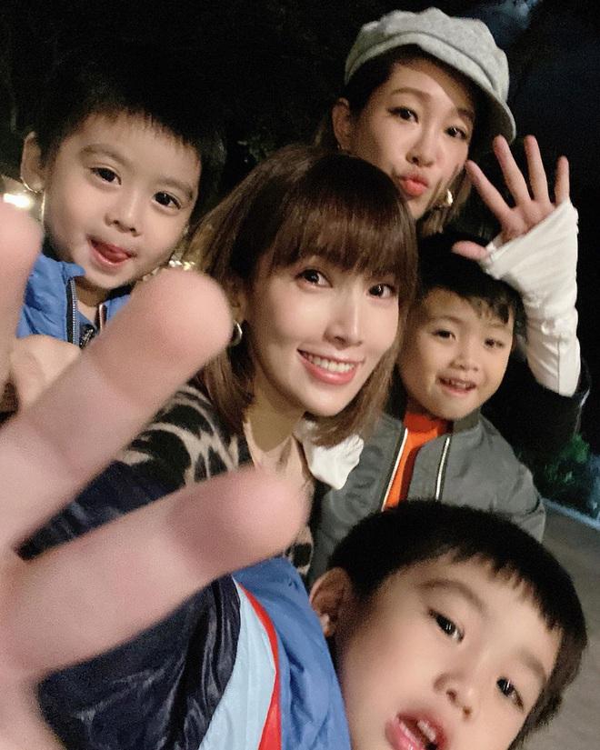 Vợ chồng Lâm Chí Dĩnh liên tục tránh chụp ảnh chung trong dịp đặc biệt, netizen lo cả hai trục trặc tình cảm - ảnh 5