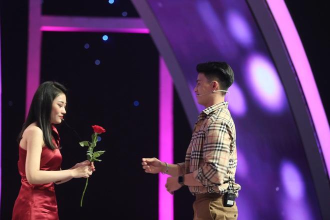 Tình yêu hoàn mỹ: Nữ Việt Kiều Úc và fan nữ Đức Phúc ngậm ngùi ra về vì bị từ chối lời tỏ tình - ảnh 5