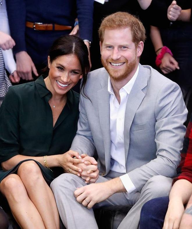 Góc tuyển dụng: Nữ hoàng Anh đang tuyển một bậc thầy sống ảo để chăm sóc các fanpage Hoàng gia, mức lương lên đến 1,5 tỷ - ảnh 2