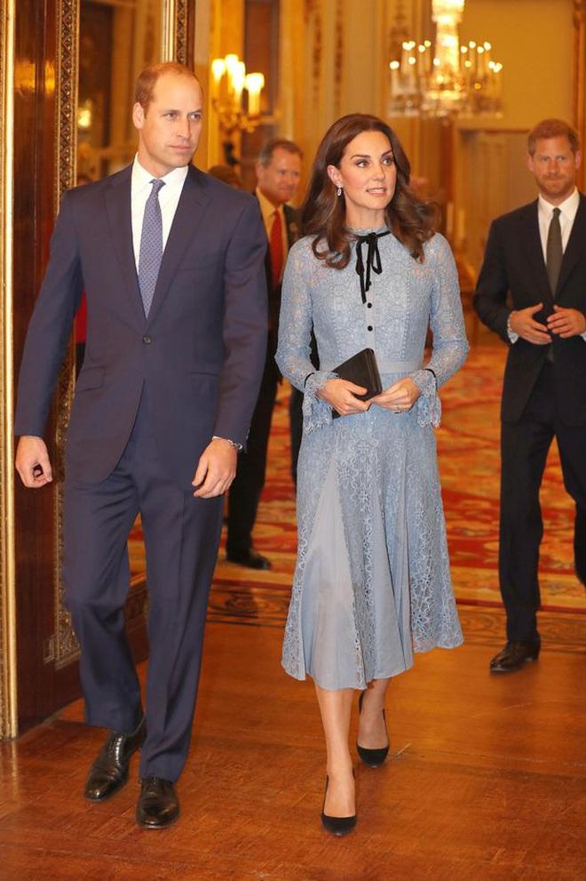 Góc tuyển dụng: Nữ hoàng Anh đang tuyển một bậc thầy sống ảo để chăm sóc các fanpage Hoàng gia, mức lương lên đến 1,5 tỷ - ảnh 3