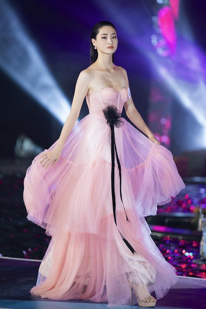 Bắn tiếng Anh đã là gì, nhìn bảng thành tích siêu khủng của Hoa hậu Lương Thuỳ Linh mà choáng - ảnh 8