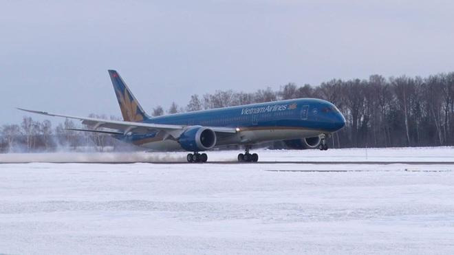 Máy bay từ Hà Nội đi Moscow phải hạ cánh khẩn cấp tại Ấn Độ để cấp cứu hành khách - ảnh 1