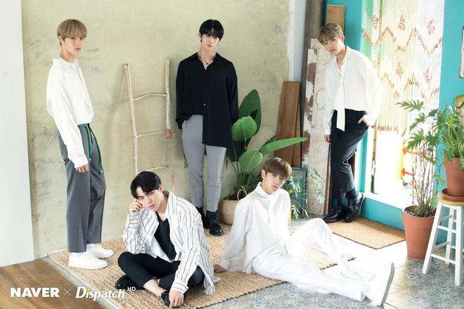 50 boygroup Kpop hot nhất hiện nay: Đối thủ không đội trời chung của BTS trở lại, top 5 gây tranh cãi vì BIGBANG bị tân binh lấn át - ảnh 7