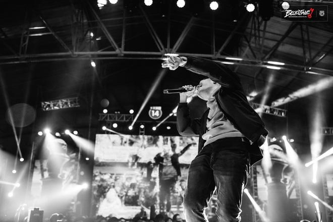Phúc Du rap đu đưa theo hit Bích Phương trên sàn đấu Beck'Stage: Sân khấu này thật huỷ diệt và khủng bố! - ảnh 2