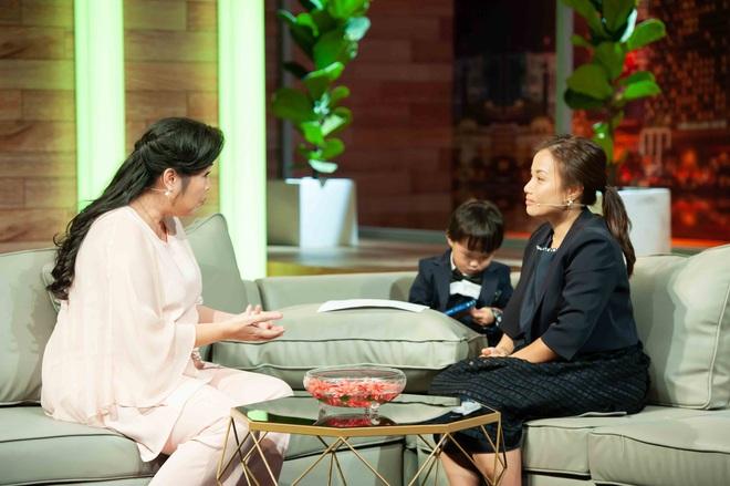 Ám ảnh nỗi đau mất con, Quỳnh Trần JP từng thức nguyên đêm trông chừng khi bé Sa mới chào đời - ảnh 1