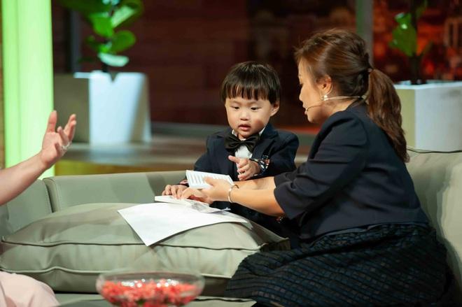 Ám ảnh nỗi đau mất con, Quỳnh Trần JP từng thức nguyên đêm trông chừng khi bé Sa mới chào đời - ảnh 4