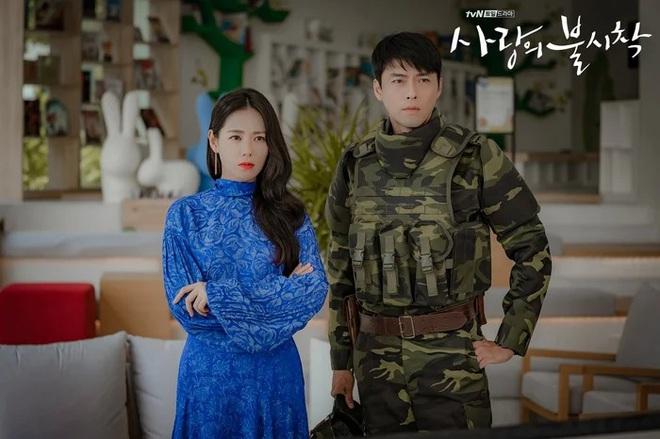 3 lý do nên xem chuyện tình yêu xa độc lạ Crash Landing On You của đôi chị em Huyn Bin và Son Ye Jin - ảnh 1