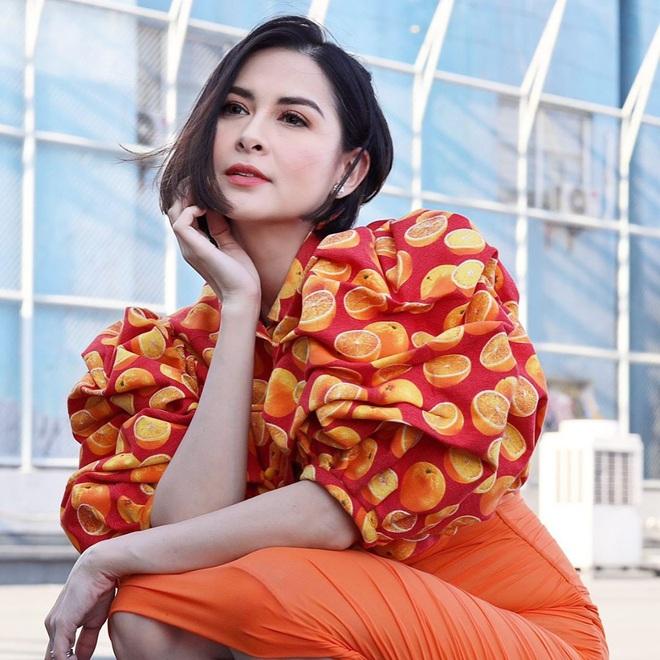 Mỹ nhân đẹp nhất Philippines dạo này ngày càng sang chảnh, tích cực khoe vòng 1 bốc lửa hậu sinh con - ảnh 1